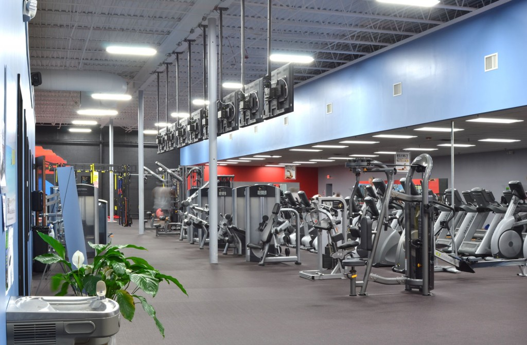 residential golds gym - 1024×671